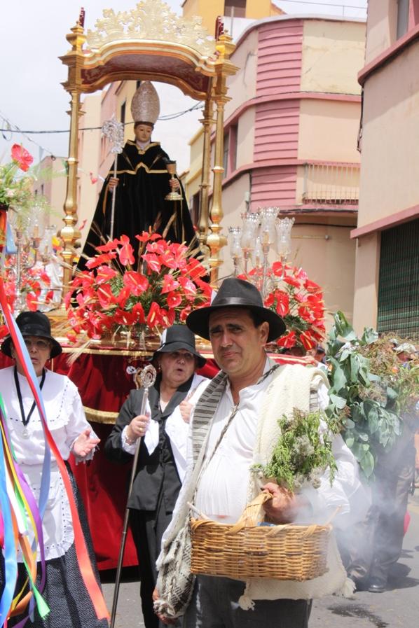 CON EL SAHUMERIO EN LA LAGUNA